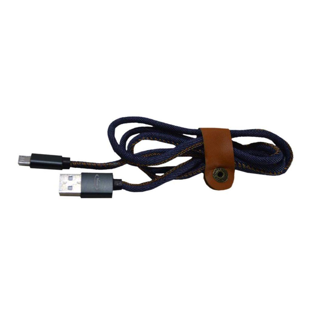کابل میکرو یو اس بی PV-K983 برای اتصال درگاه های Micro USB و به USB بکار می رود. این کابل جهت شارژ و انتقال پر سرعت اطلاعات برای دستگاه هایی استفاده می شود که دارای درگاه میکرو یو اس بی است. این کابل USB طرح لی توسط شرکتونوساز کیفیت بالا و با استفاده از فناوری پر سرعت Fast Charging و Fast Sync طراحی و ساخته شده.